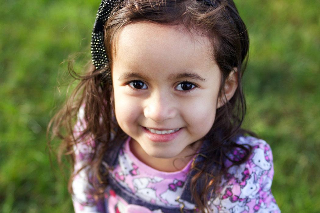 1050_PreschoolGirlOutside